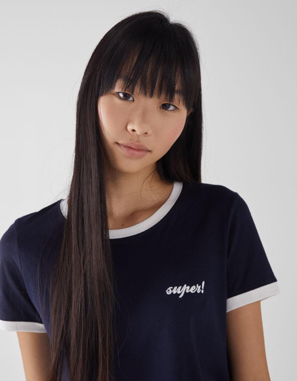 ラウンドネックTシャツ