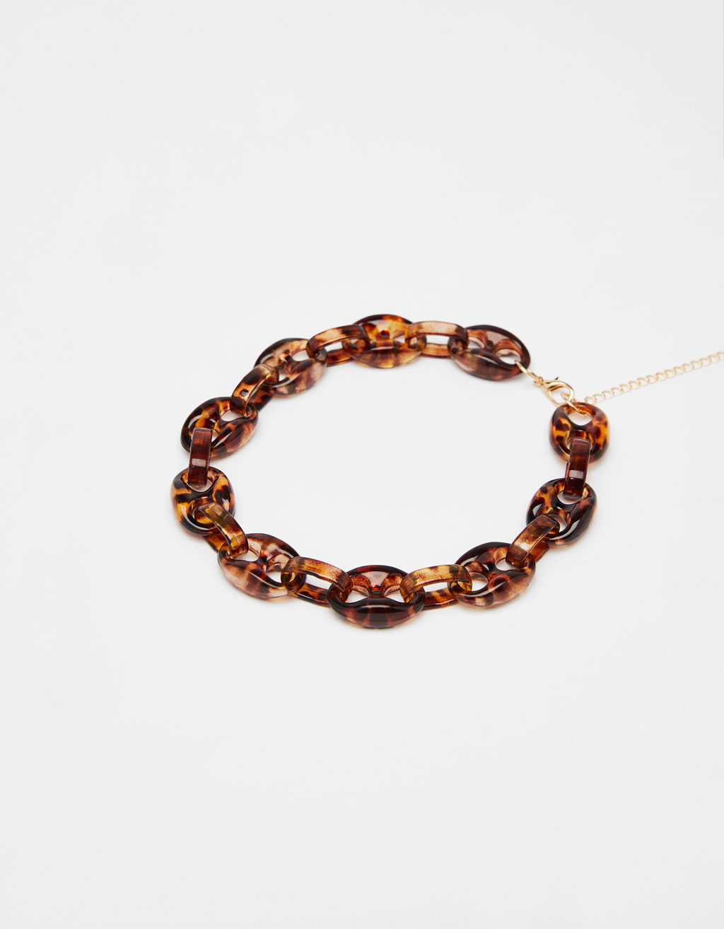 Necklace with tortoiseshell links