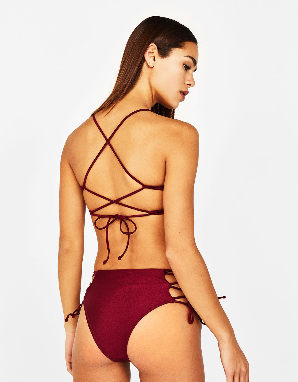 f399c7d2a7 Triangle bikini top - LAORA - Bershka Tunisia