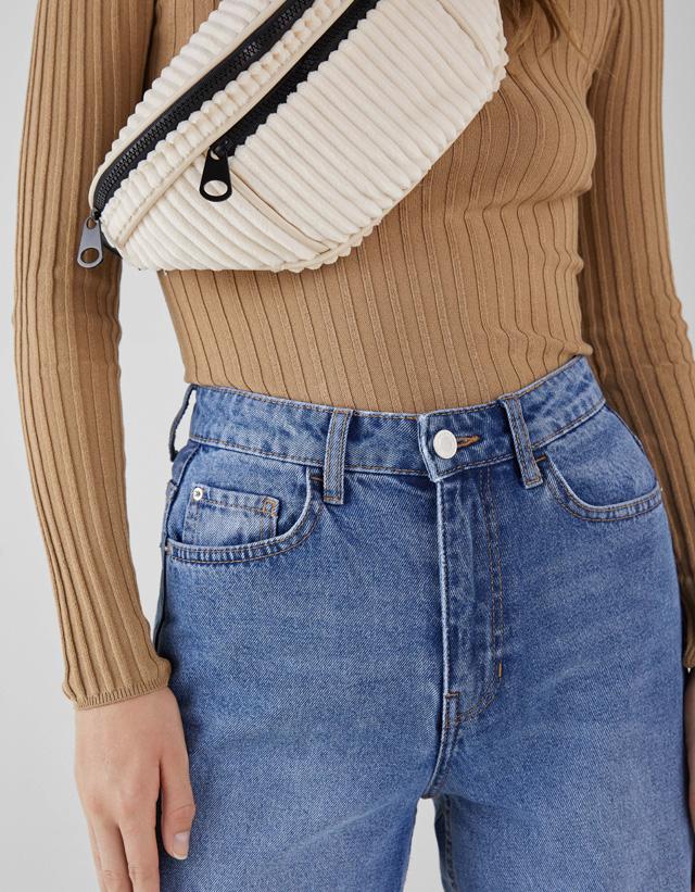 Skater-Jeans mit hohem Bund