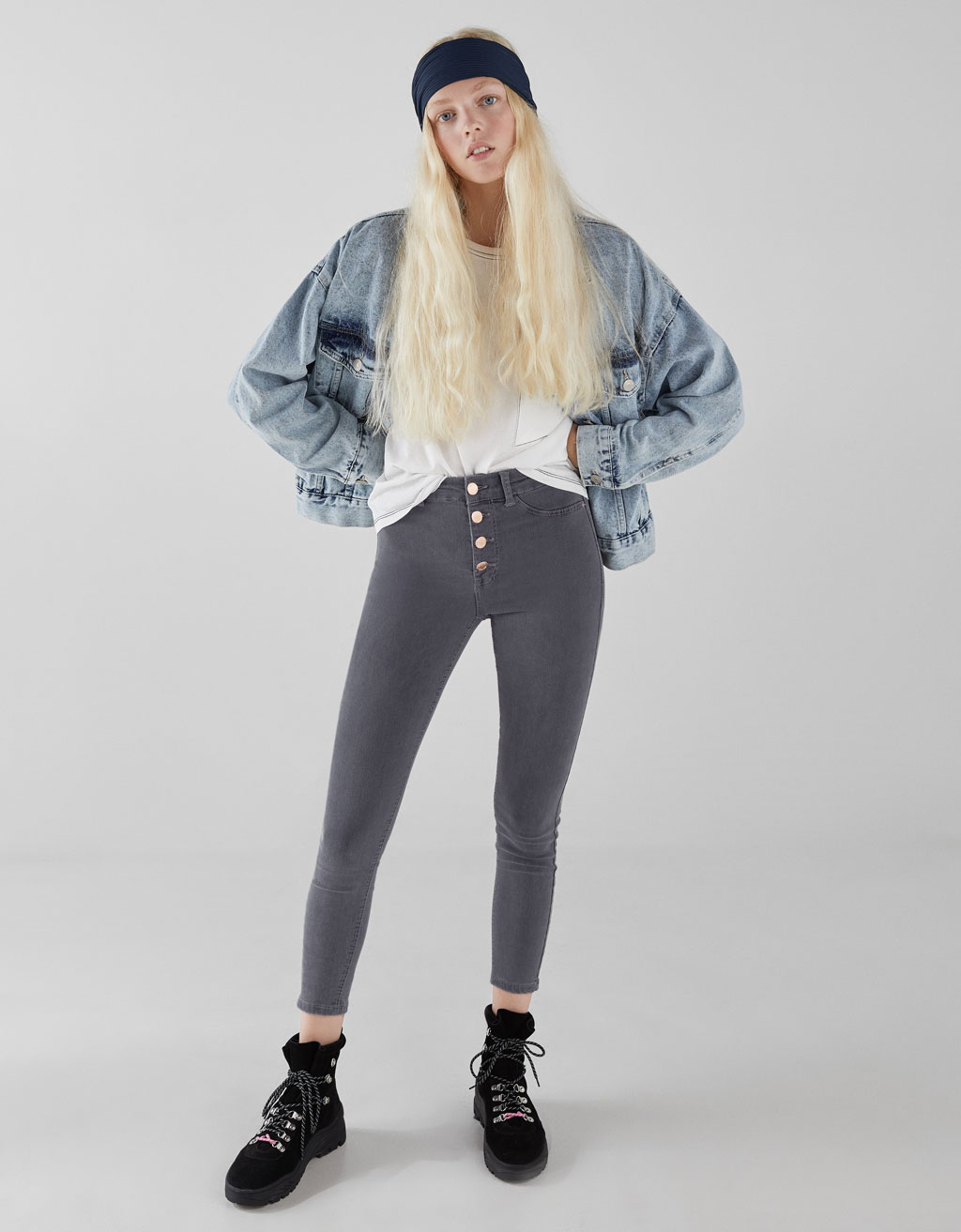 Mid waist button-up trousers