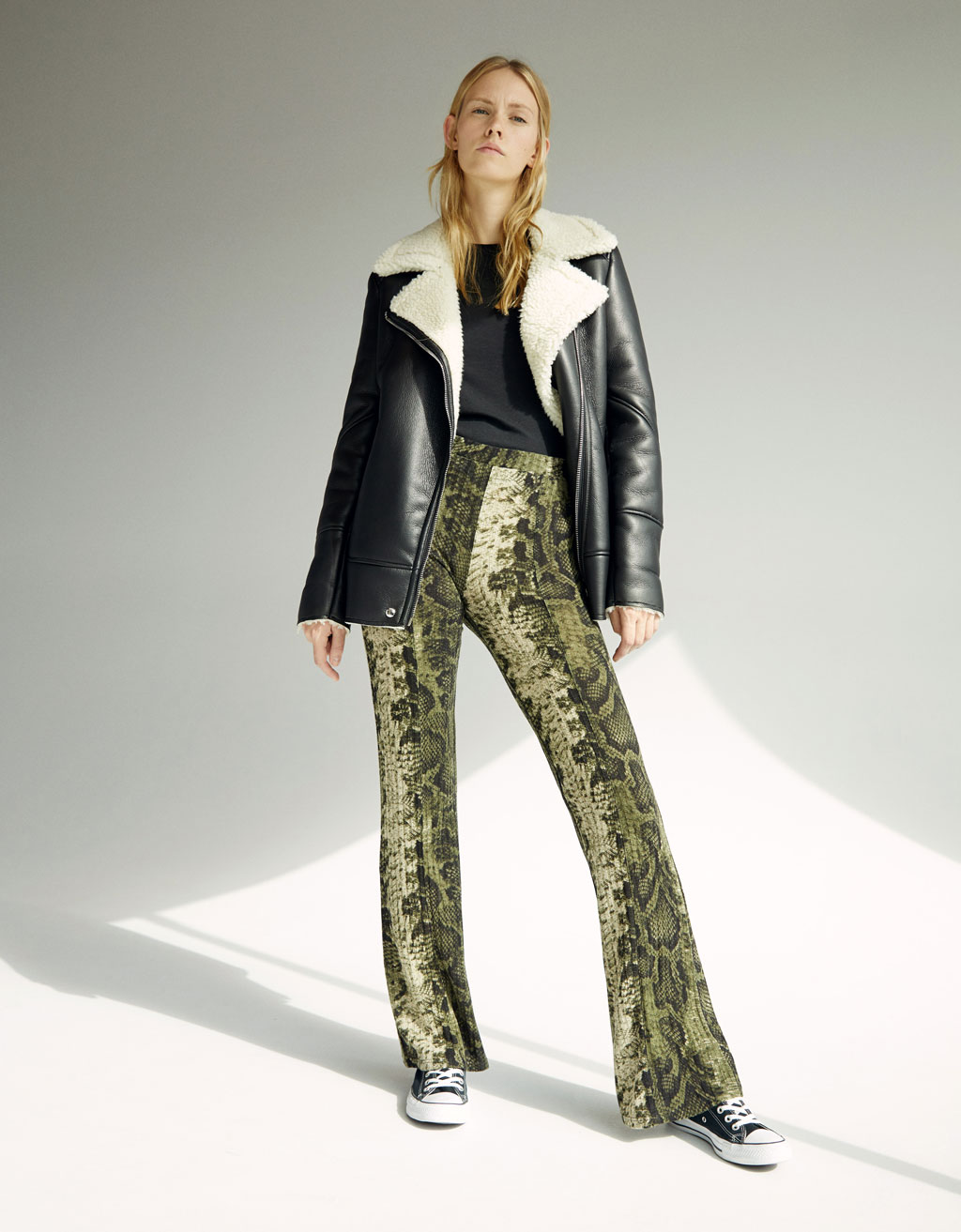 Snakeskin print flared pants