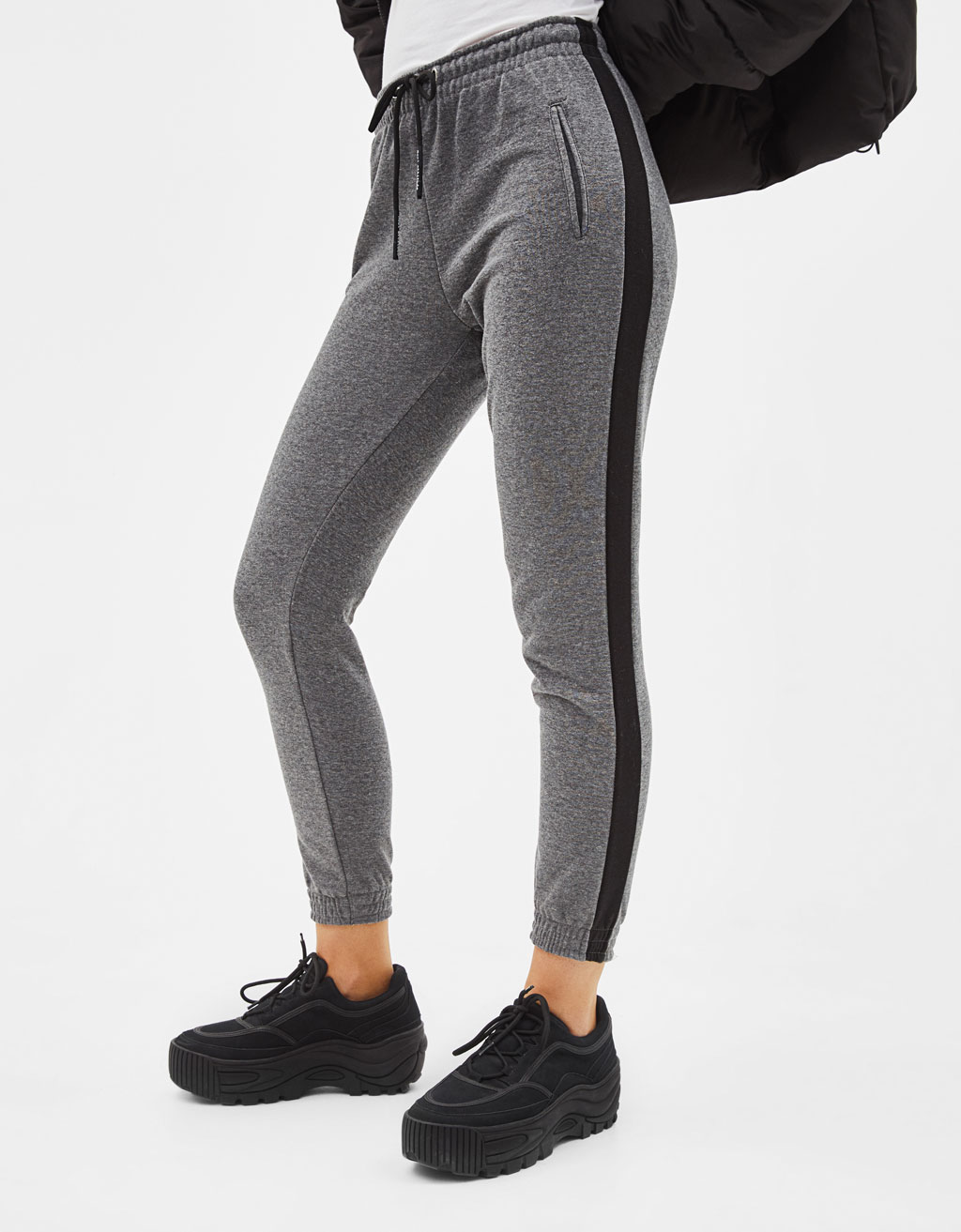 Sweatpants with side stripe