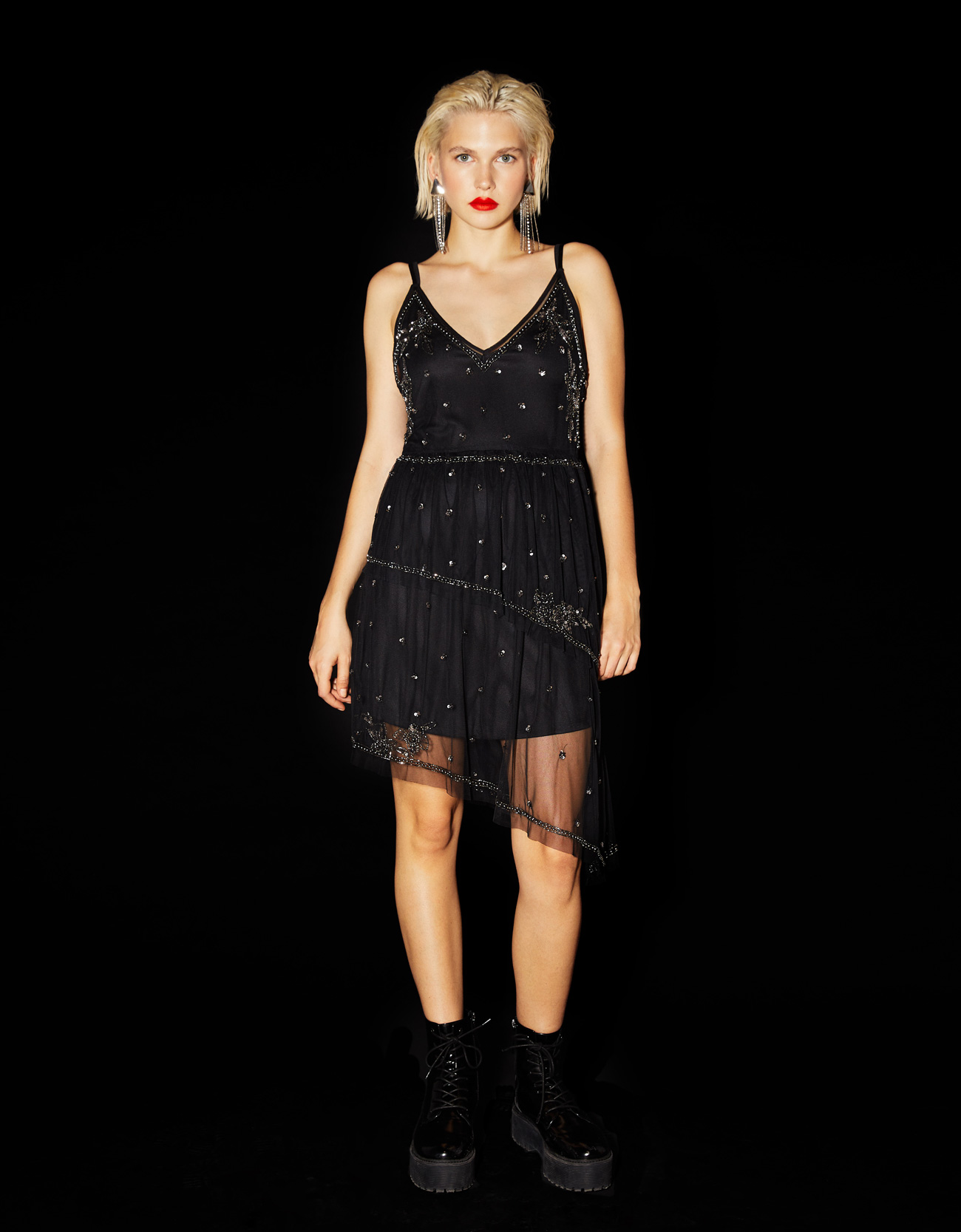 fb3148779a Short dress with embroidery and sequins - Party Collection ...