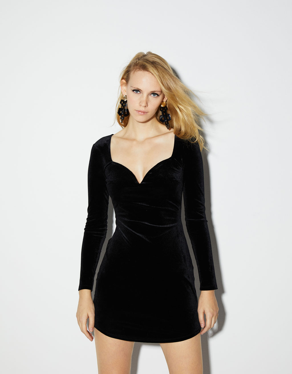 Velvet sweetheart neckline dress
