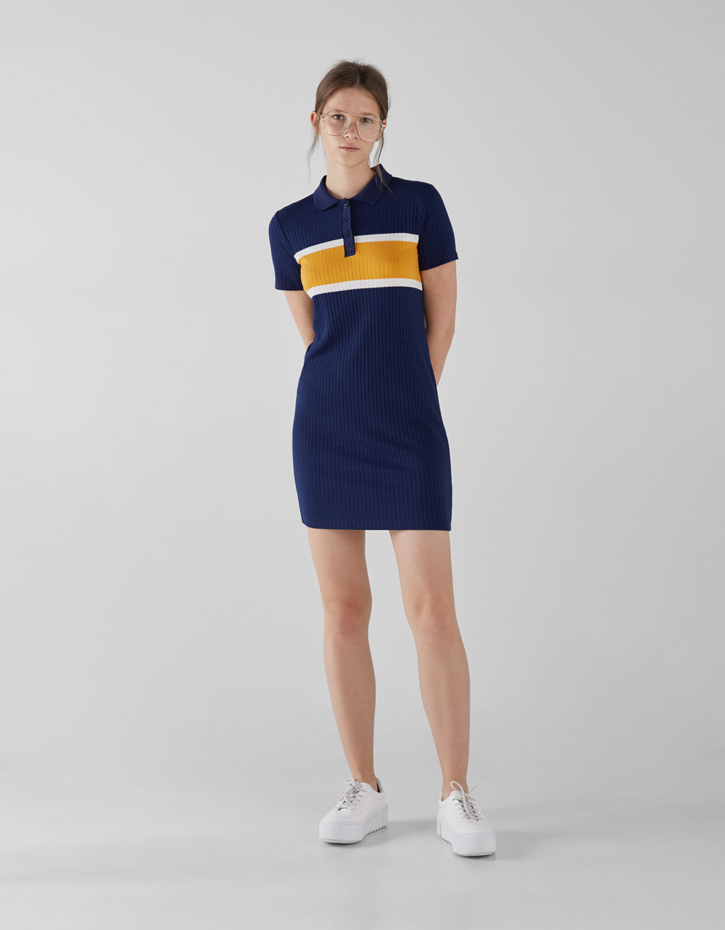 Robe à Col Polo by Bershka
