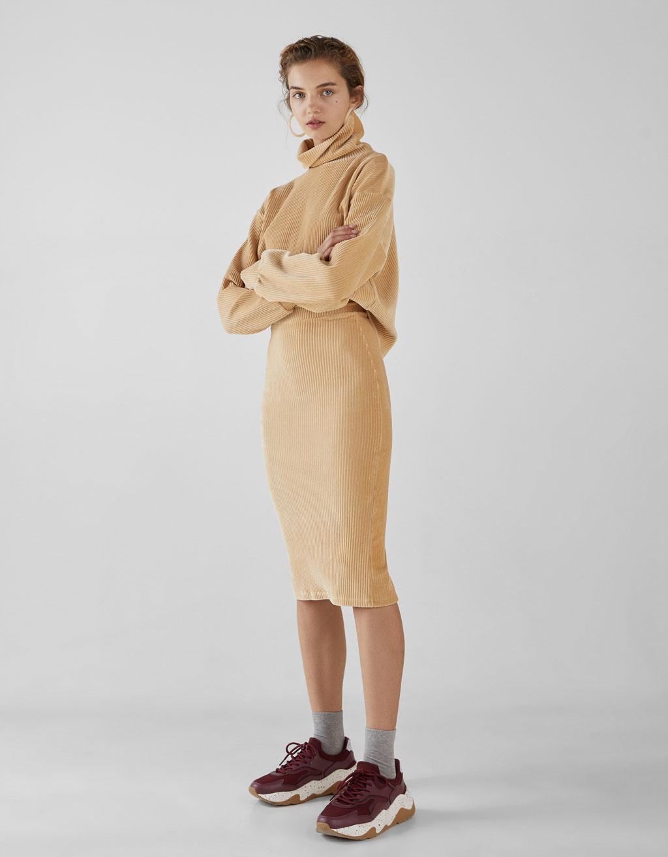 Falda larga de pana
