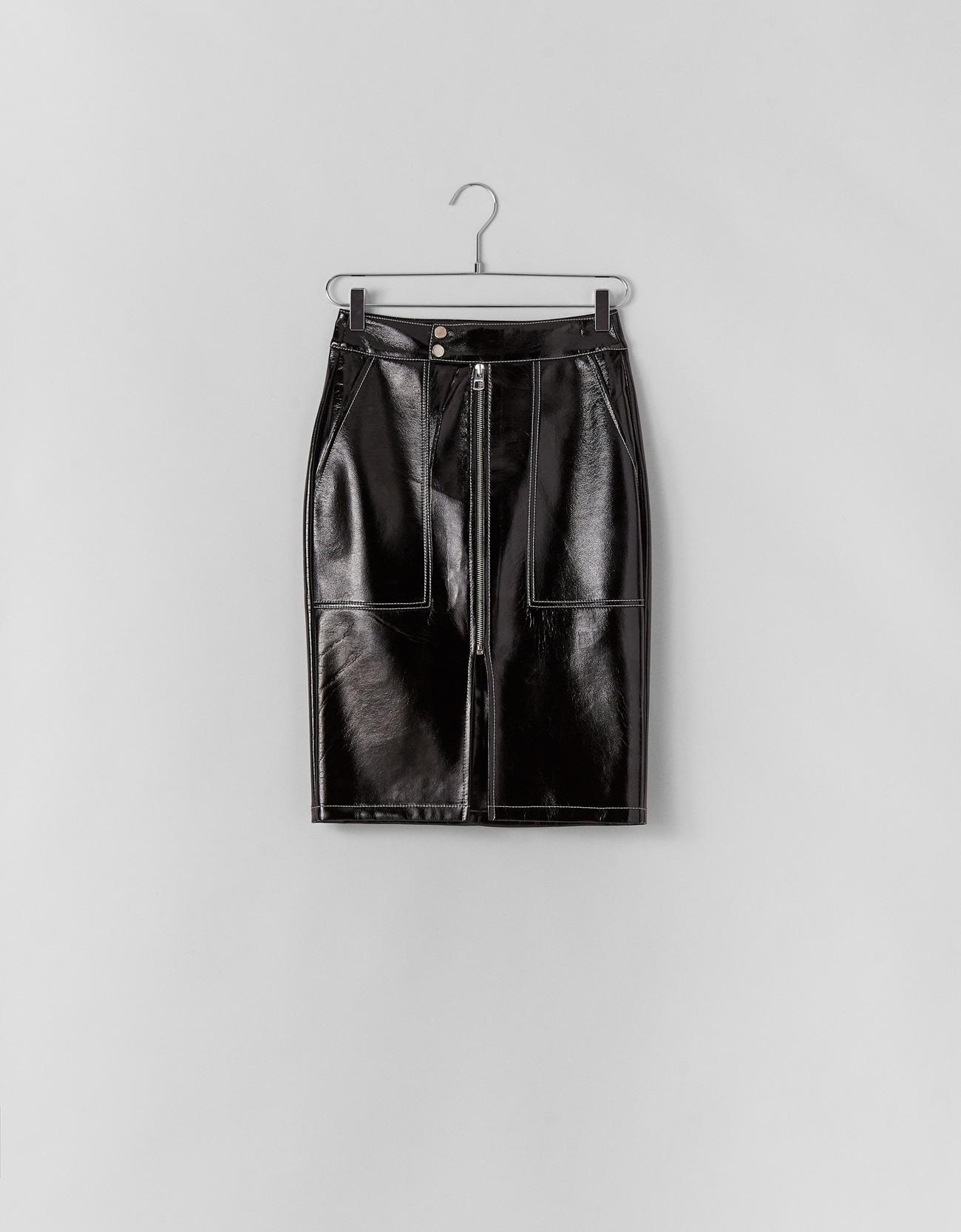 4f93ef85ca49 Vinyl-effect midi skirt - Plain - Bershka Hong Kong SAR / 香港特別行政區