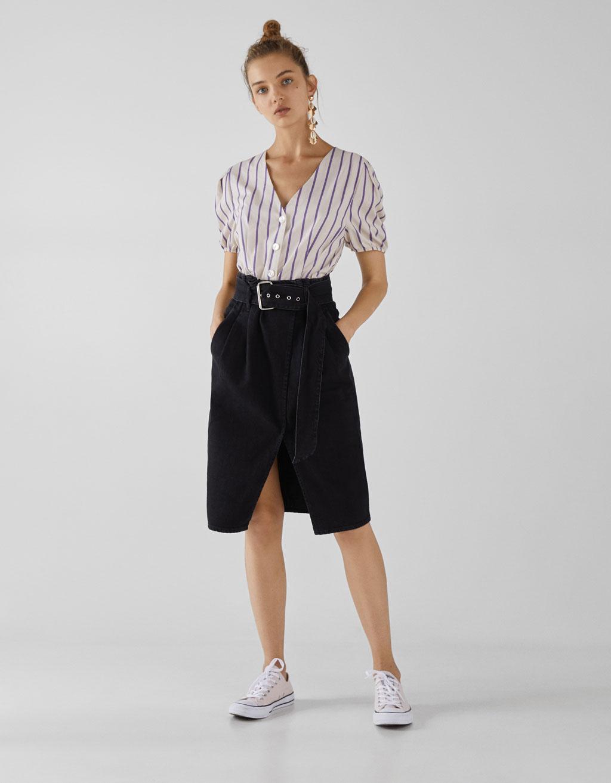 Jupe en jean avec ceinture