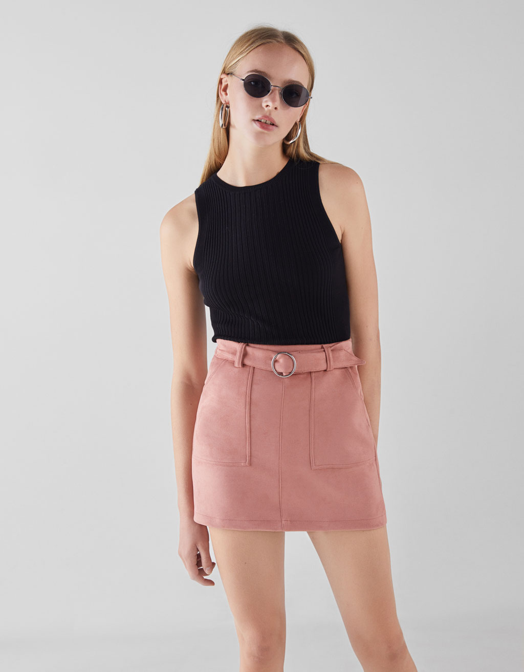 Mini skirt with belt
