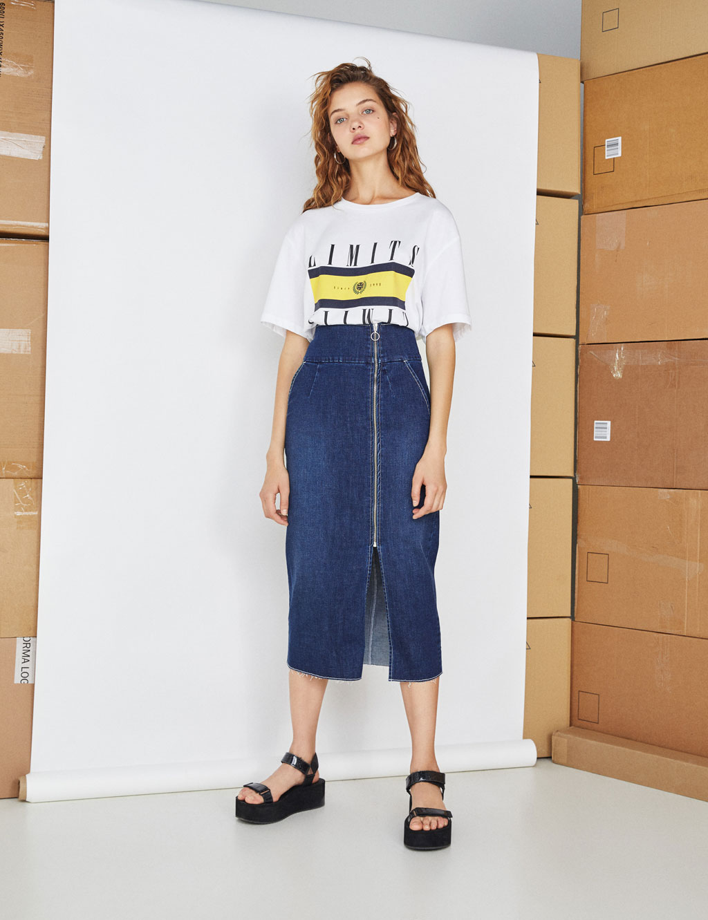 Gonna denim midi con cerniera
