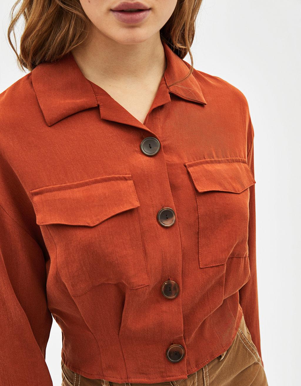 Camisa Tencel® Cropped Con Bolsillos by Bershka