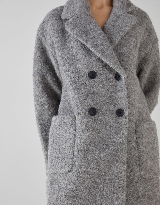 Abrigo de lana rizada
