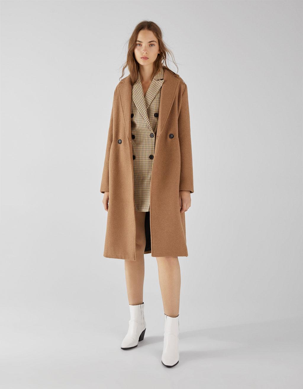 Pitkähelmainen takki, suora leikkaus