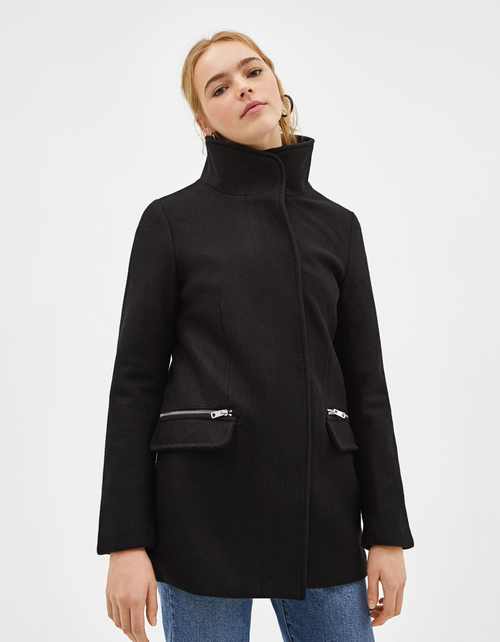 Woolly coat with zippers