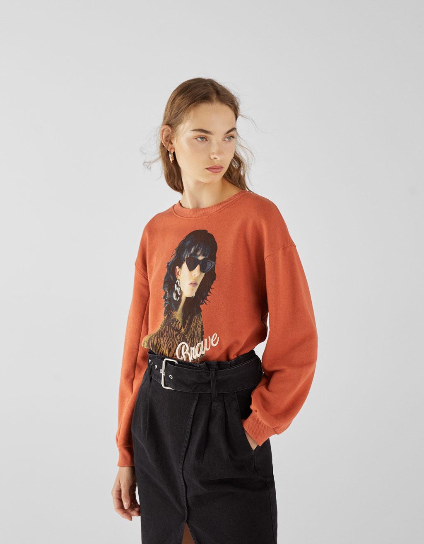 Bluza z nadrukiem i haftem