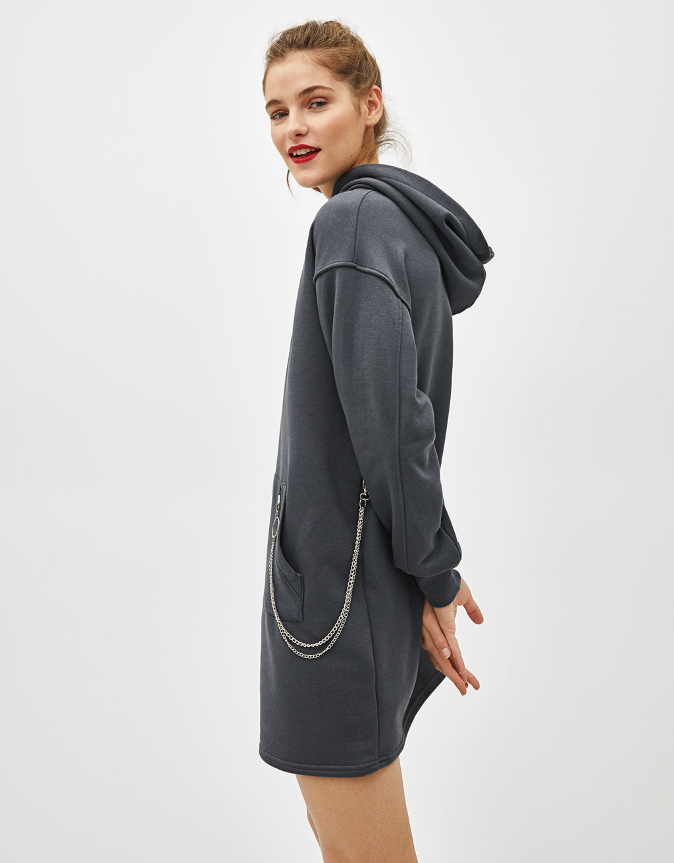 Sudadera tipo vestido con capucha