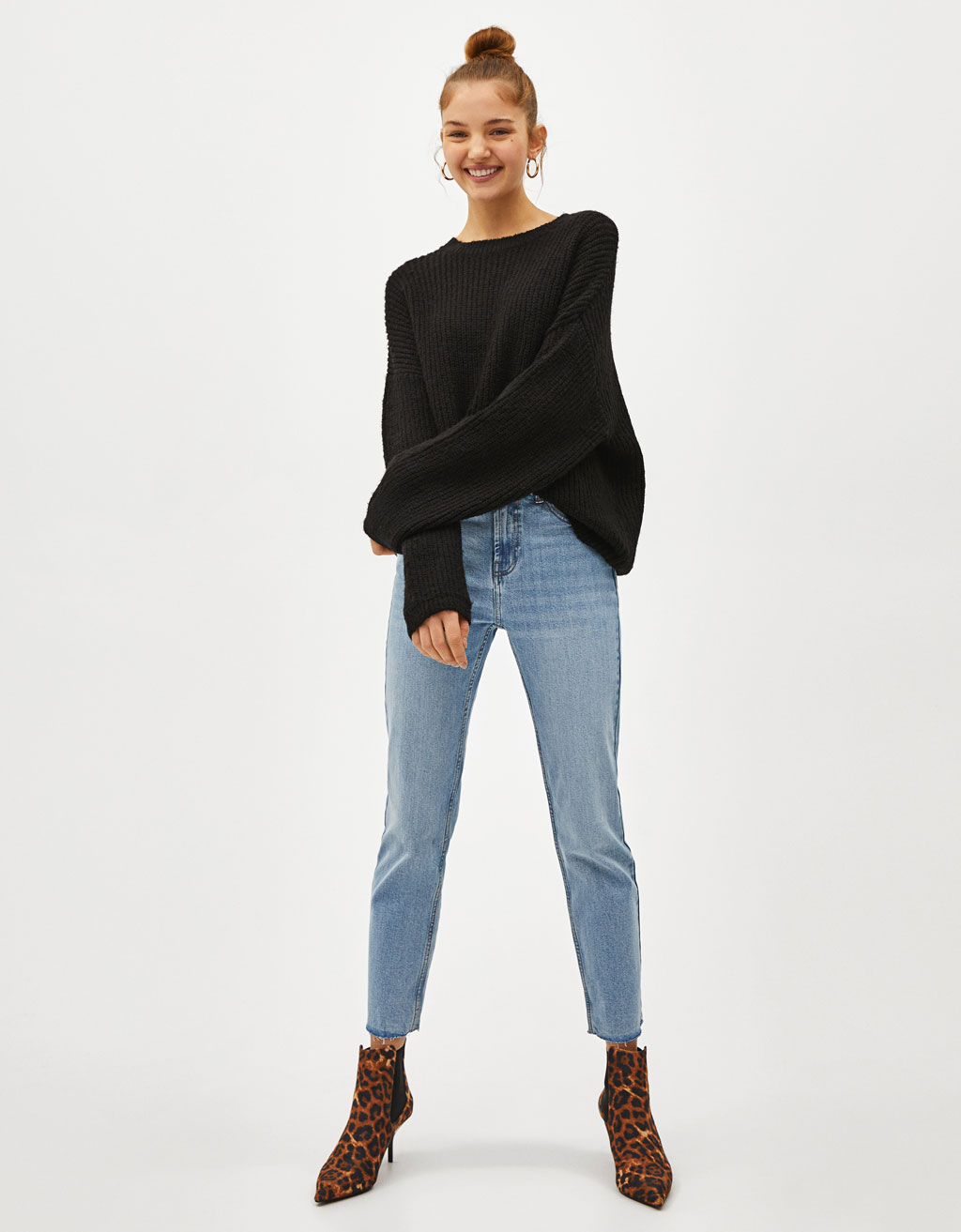 Knit sweater with wide sleeves