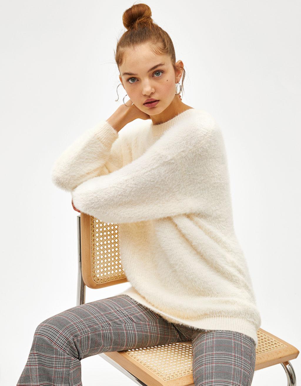 Oversize-Pullover aus Kunstfell