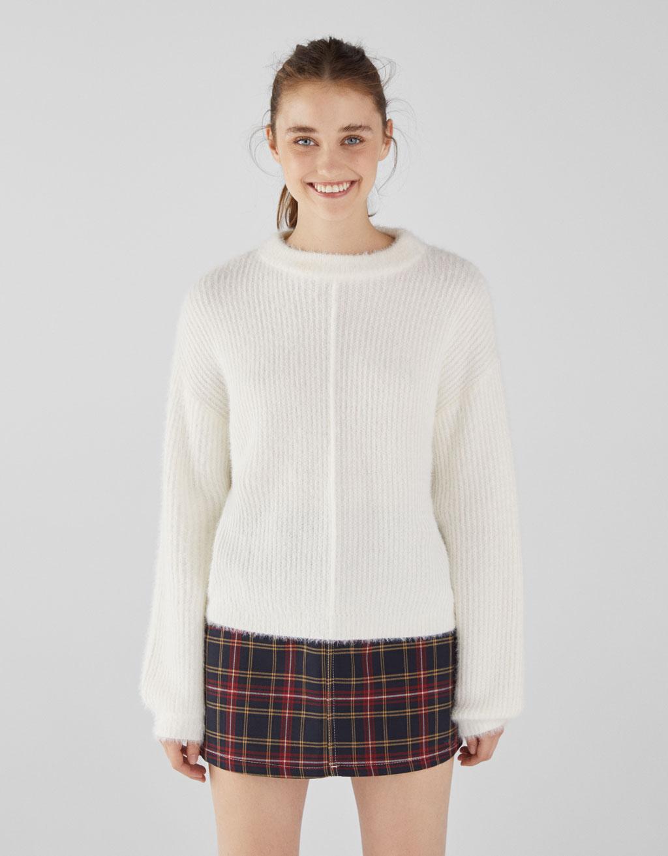 Kažokādas imitācijas džemperis