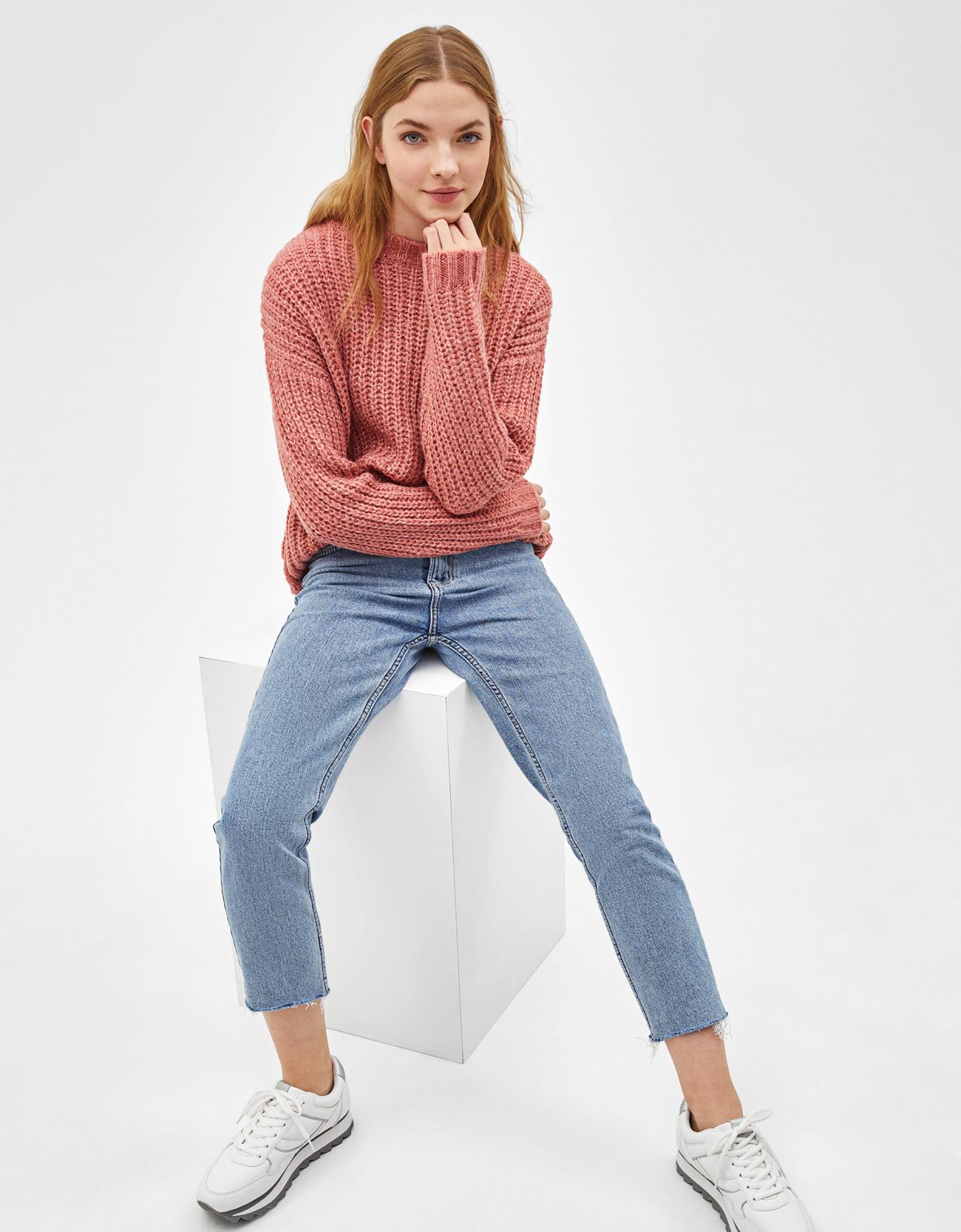 Sweater de malha com decote redondo - Blusas - Bershka Portugal 0b73f1207b9