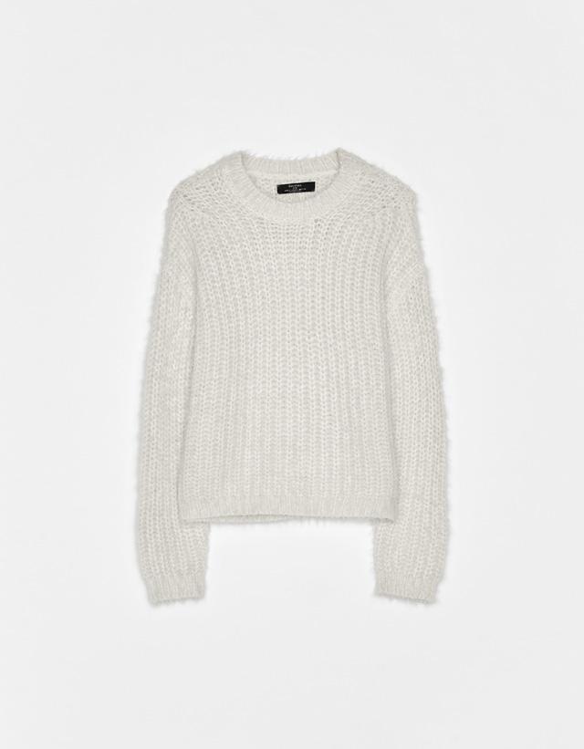 6b0cfbd0 Fuzzy knit sweater. Save. Fuzzy knit sweater 89.00 GEL. Led-Zeppelin T-shirt