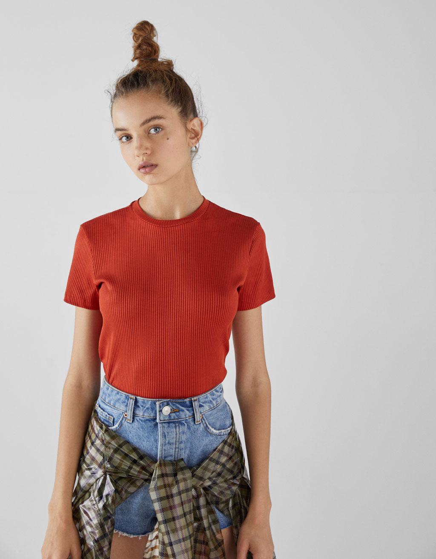 T-shirt i rib