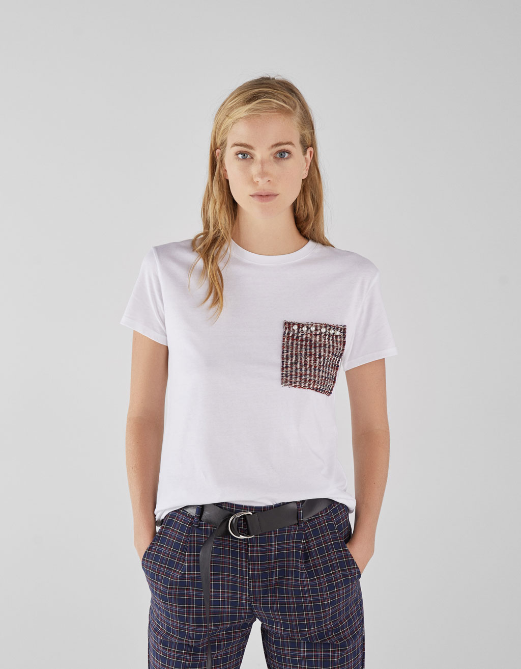 T-shirt with jacquard pocket