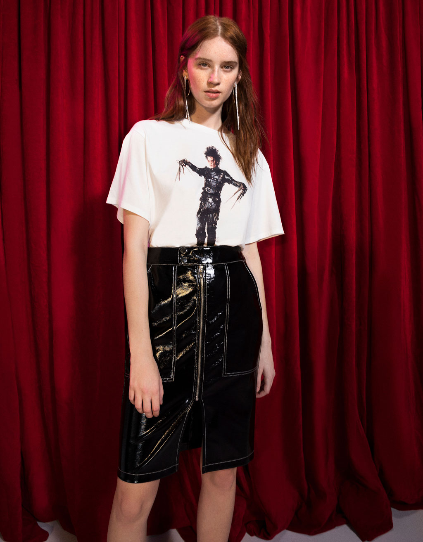 Edward Scissorhands baskılı t-shirt