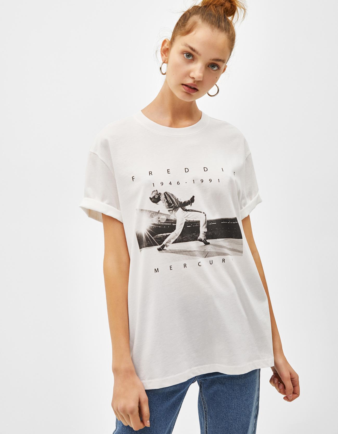 c980f9e7b22dd Camiseta Freddie Mercury - Manga Corta - Bershka Nicaragua