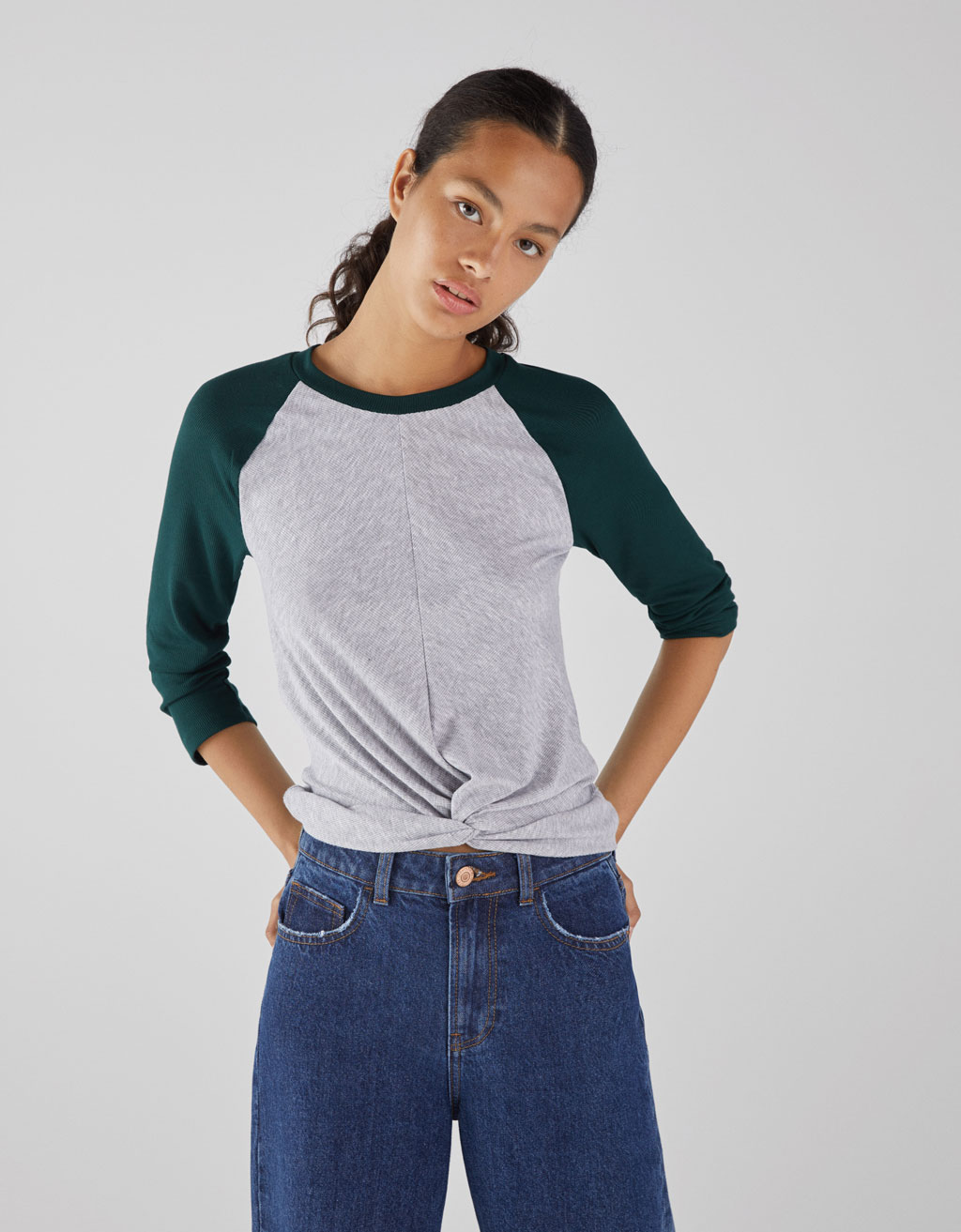 Rangan sleeve t-shirt with front knot
