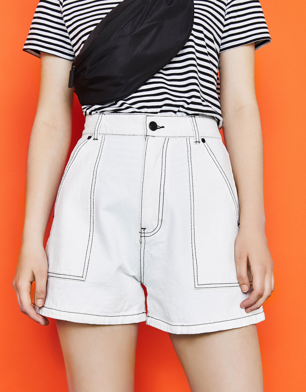 Shorts denim High Waist con cuciture a contrasto