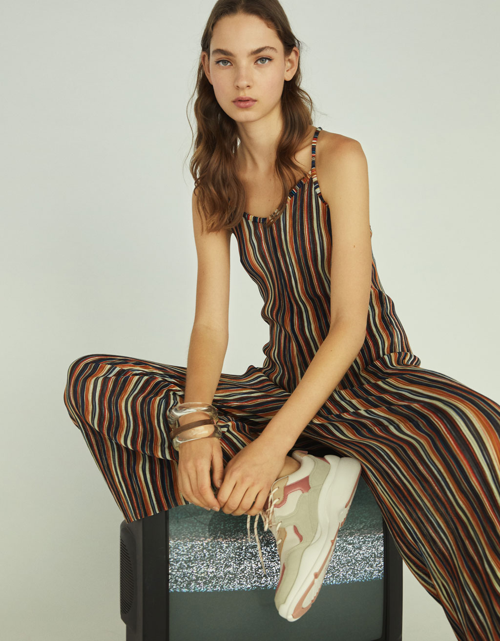 Long pleated jumpsuit with stripe print