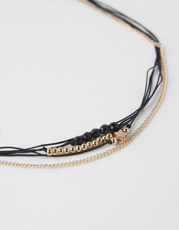 Contrasting bracelet