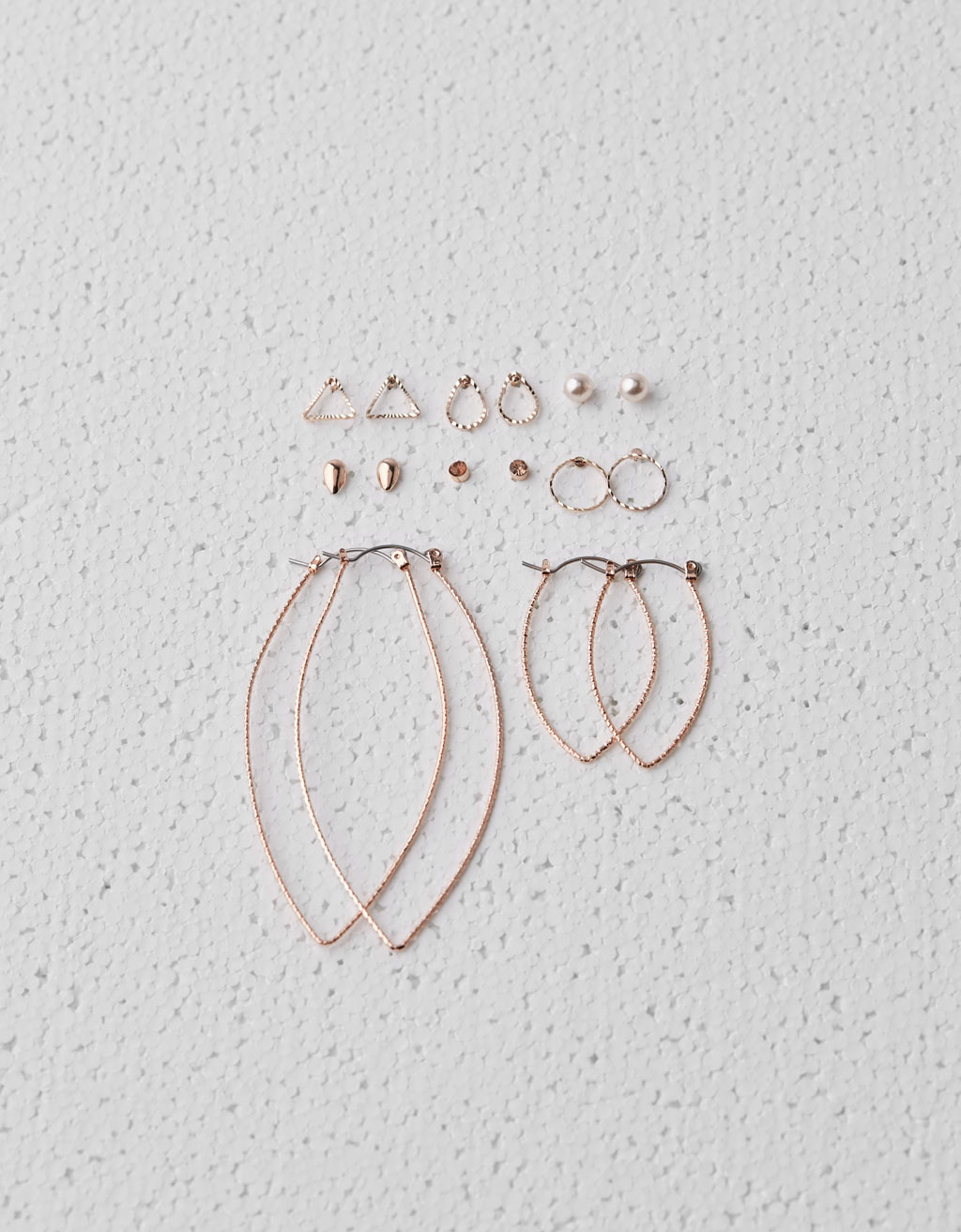 Pack of mismatched earrings