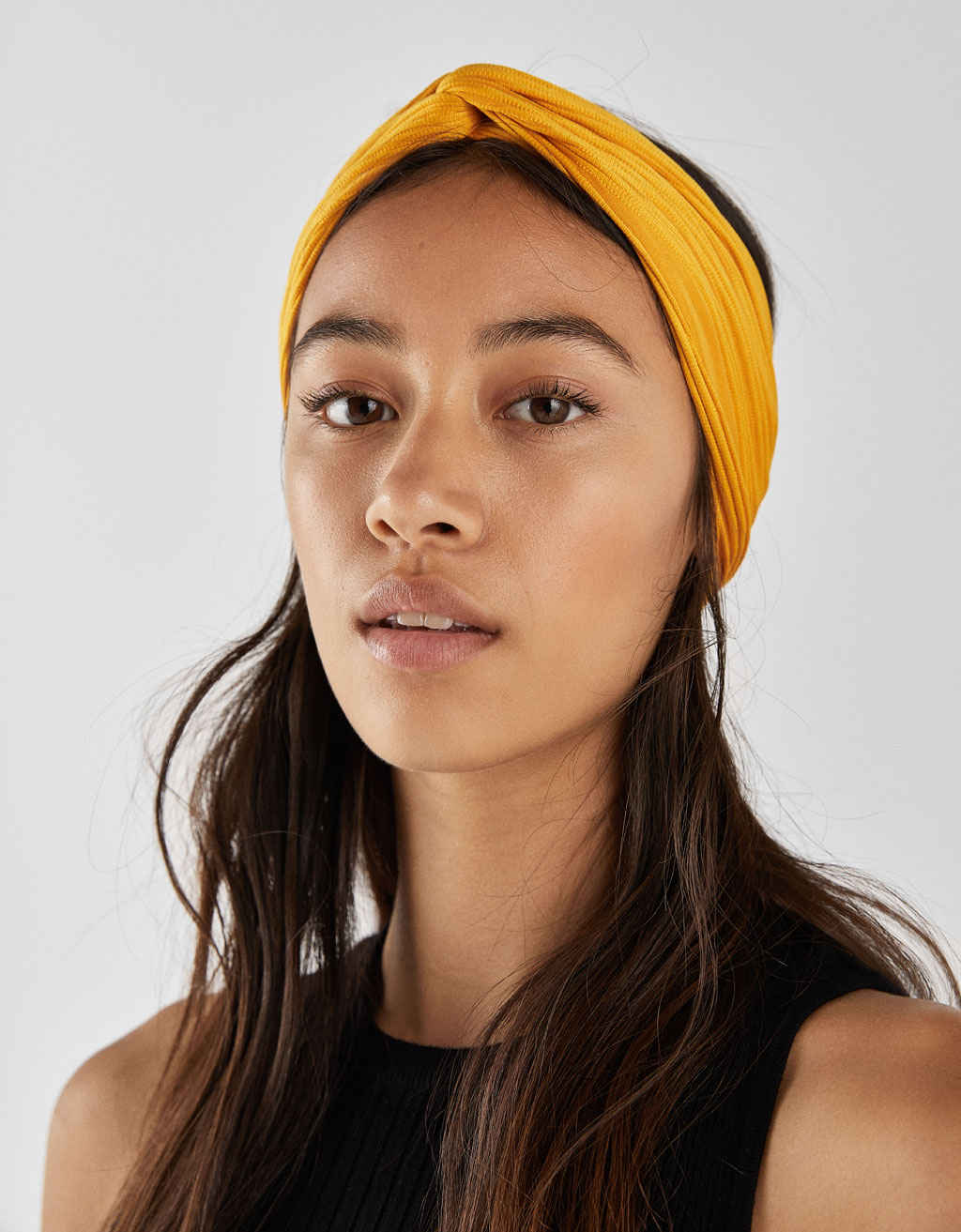 Pleated headscarf