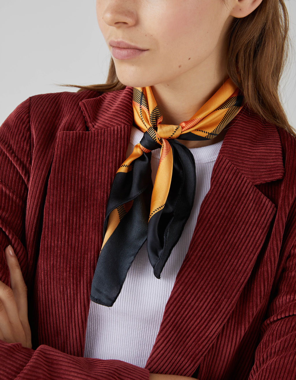 Foulard à carreaux