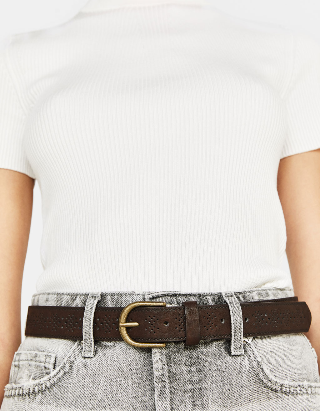 Wide die-cut belt