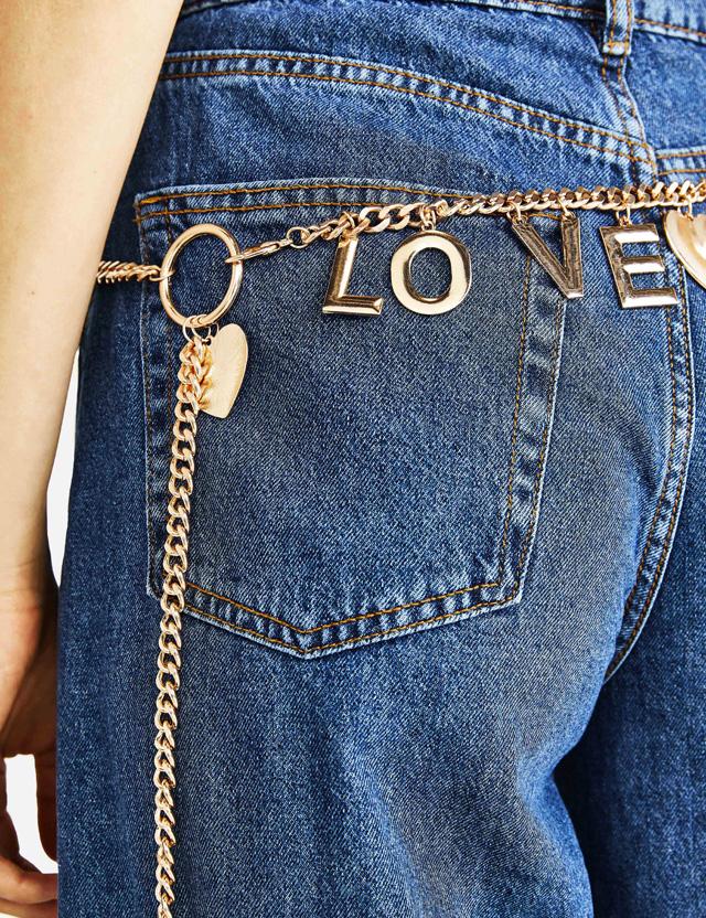 Kette mit Anhänger LOVE