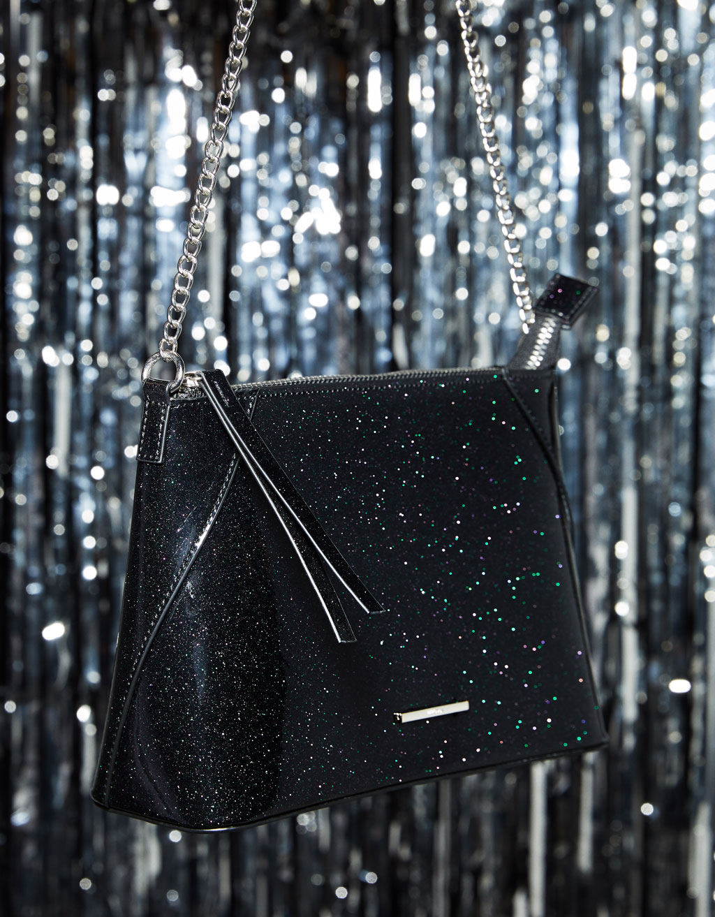 Trapezium bag with glitter