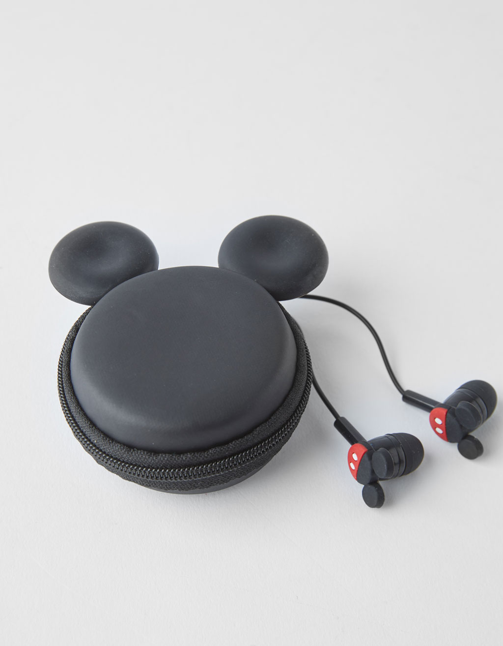Mickey/Minnie headphones with carrying case