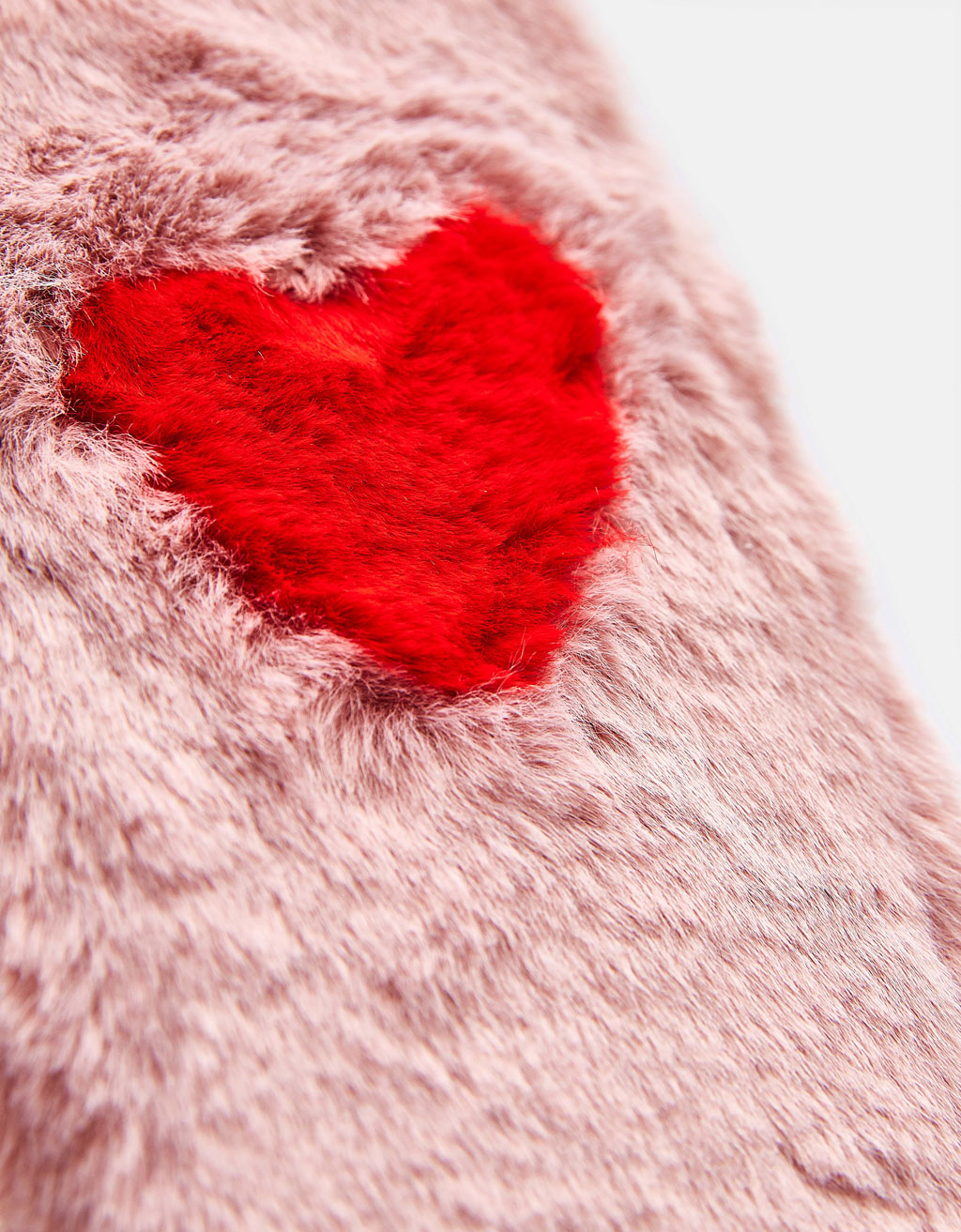 Fluffy iPhone 6 Plus/7 Plus/8 Plus case with heart detail