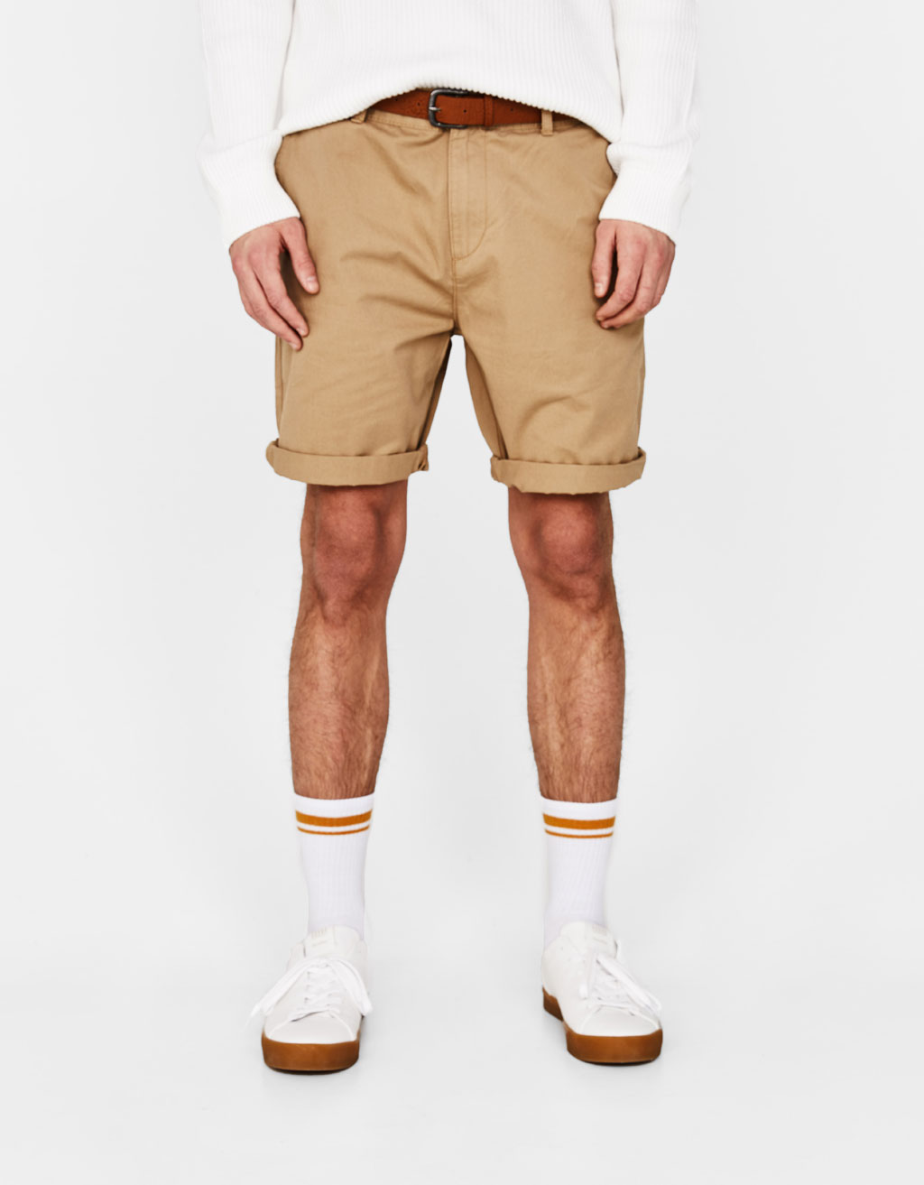 Bermuda shorts with belt
