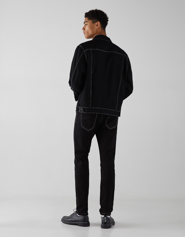 Farblich abgesetzte Skinny-Fit-Jeans