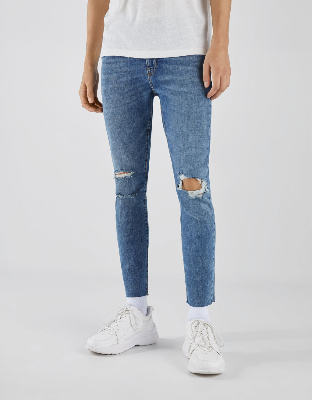 Ripped Super Skinny Fit jeans