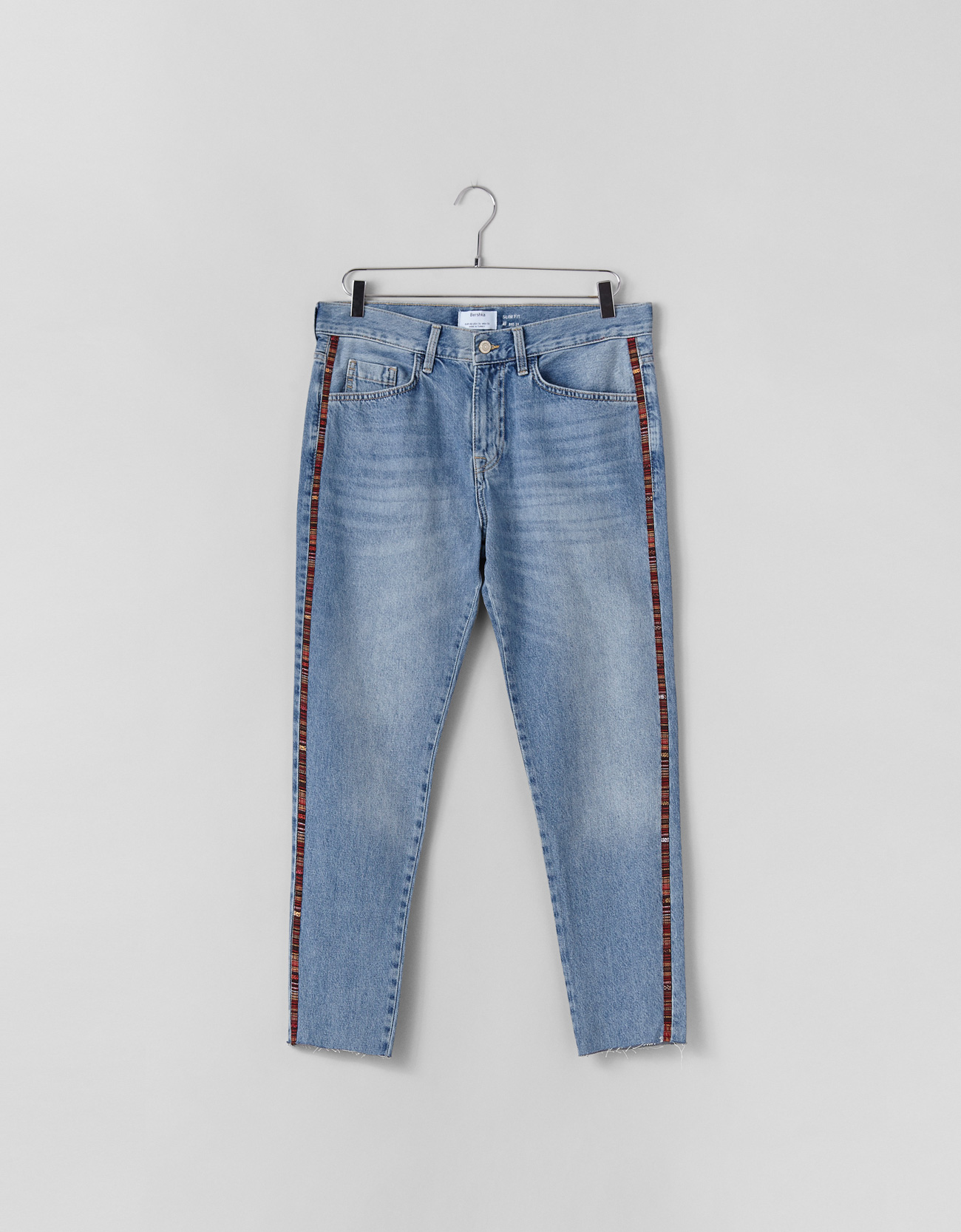 b449ac76fc9d4 Jeans Slim Fit con banda lateral - Jeans - Bershka Mexico