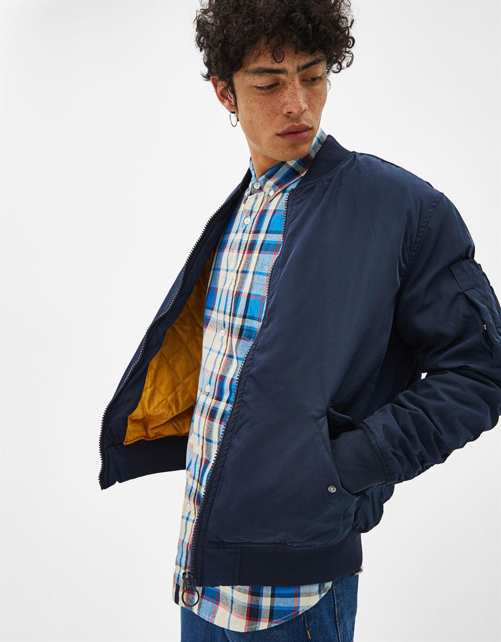 셔링 슬리브 봄버 재킷
