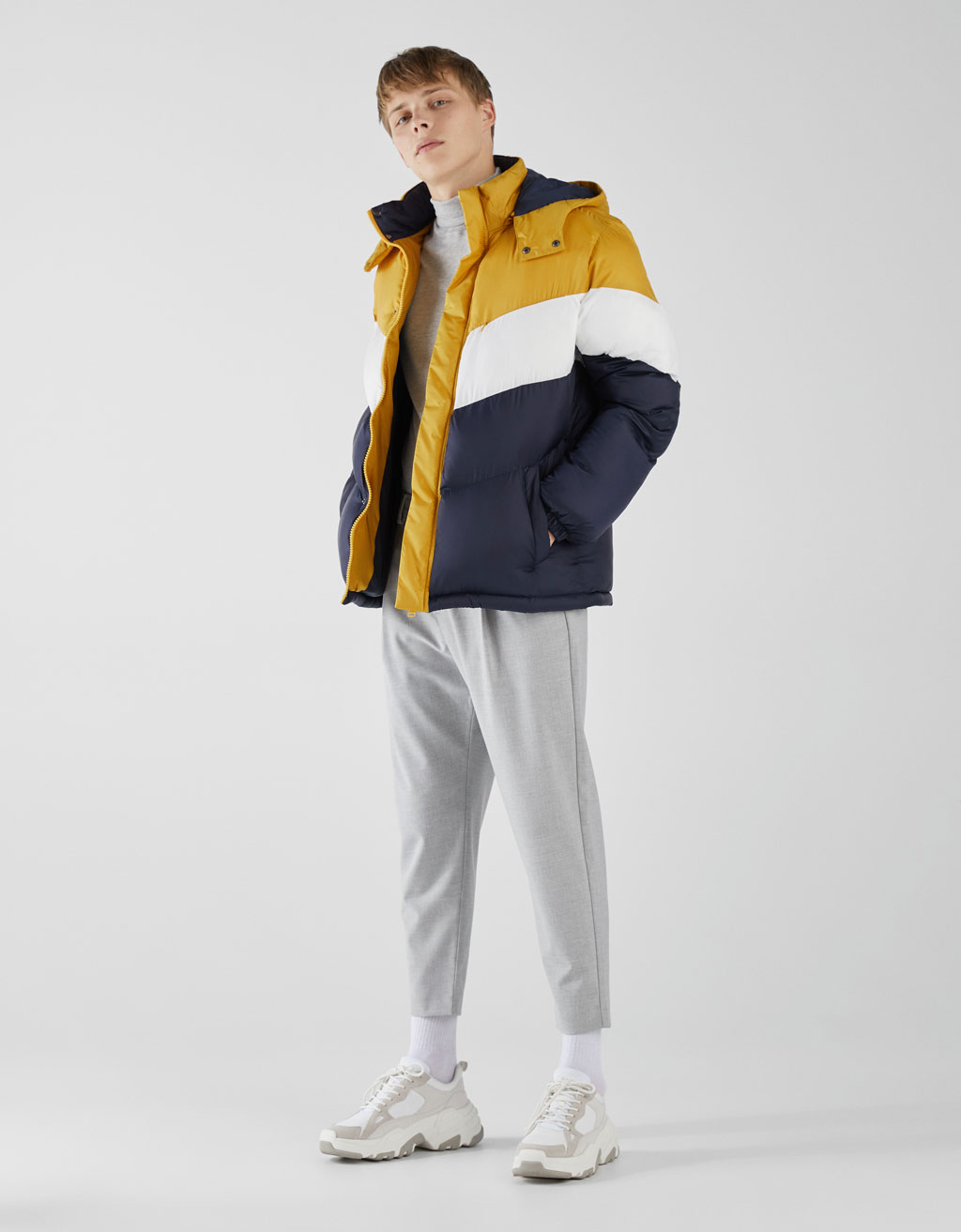 Three-tone puffer jacket with detachable hood