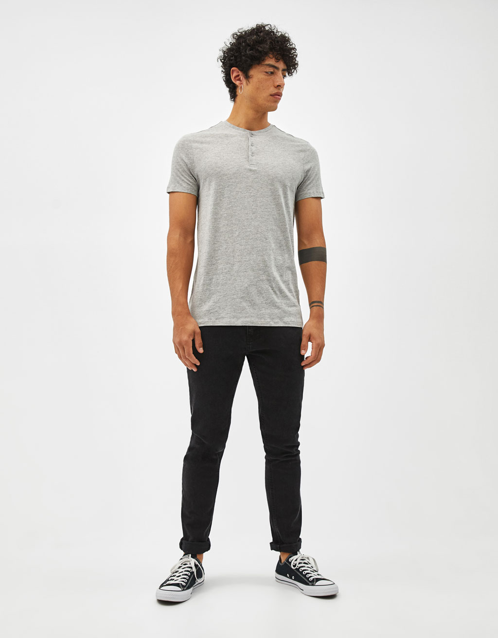 Button neck t-shirt