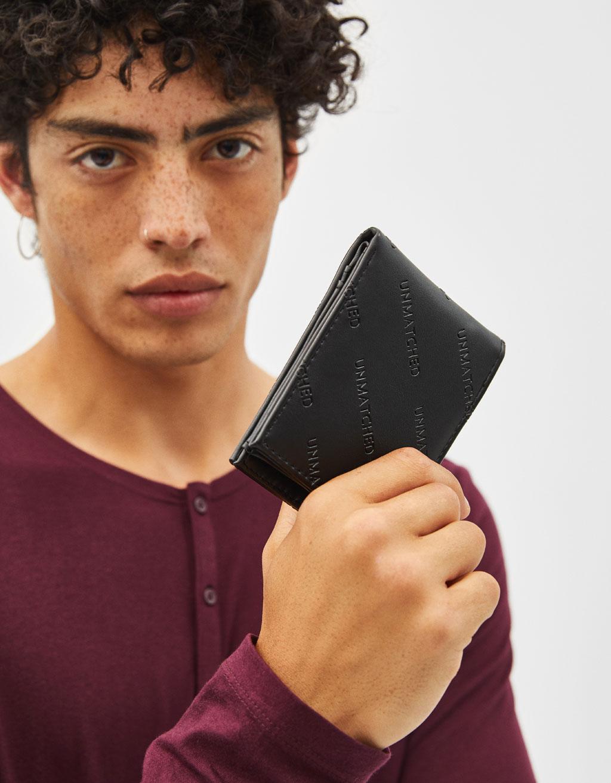 Brieftasche aus Kunstleder mit Prägung